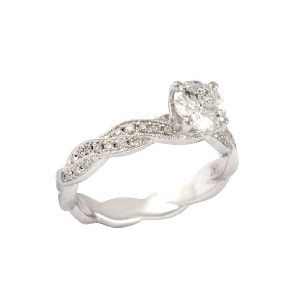 Twist Styled Diamond Setting